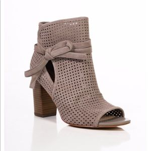 Sam Edelman NEW suede cutout booties